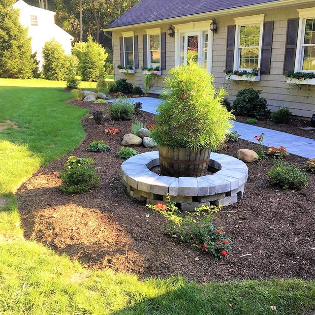 Residential lawnscaping finished results